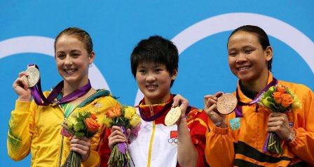Pandelela with her bronze smaller