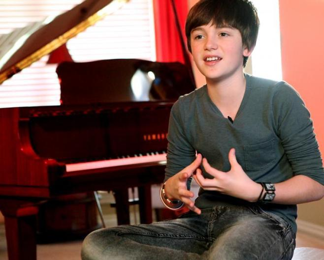 Greyson Chance - Photo by GreysonChancefans.com
