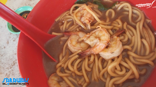 Famed Mi Udang aka Prawn Mee in Jakar. If you go to Peking restaurant, you'd get Tiger prawns!